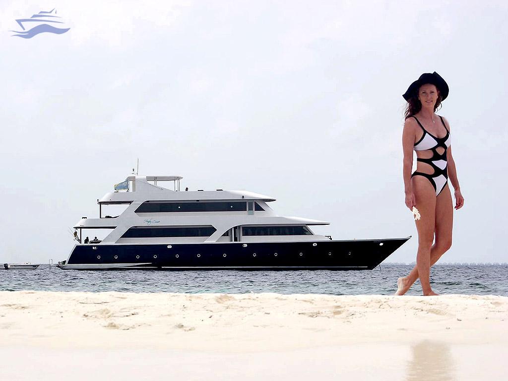 Verónica Mengod Maldivas